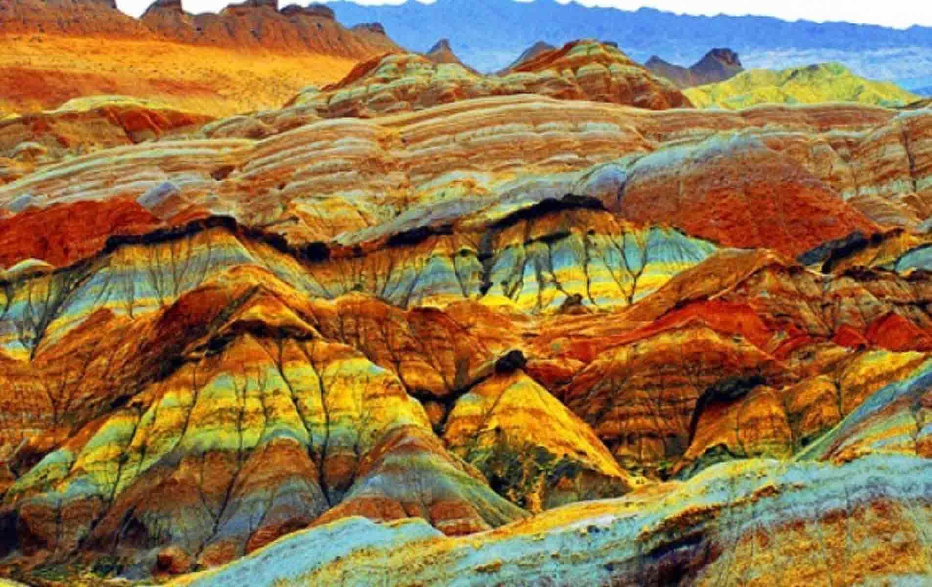 Скалы Zhangye Danxia 3