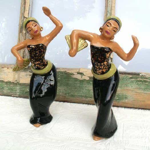 Керамические статуэтки балийских девушек