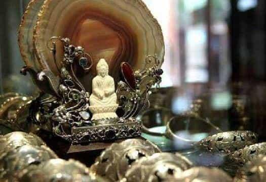 Серебряные изделия в Челуке